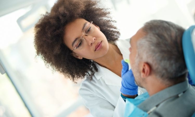 7 Dental Implant Mistakes Most People Make
